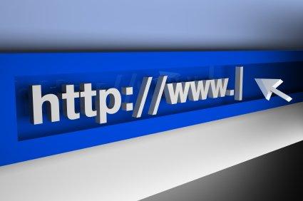"""เวลาอ่านชื่อเว็บ โปรดตามหลังคำว่า www ด้วยคำว่า """"dot"""" ทุกครั้ง"""